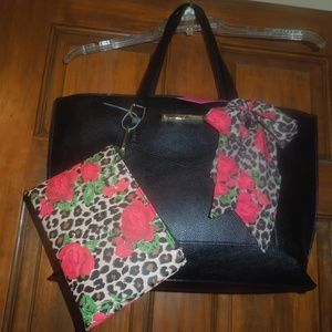 NWT Betsey Johnson Scarf Tote